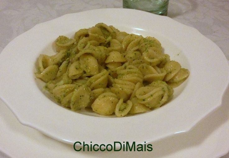 Pasta con i broccoli ricetta invernale il chicco di mais http://blog.giallozafferano.it/ilchiccodimais/pasta-con-i-broccoli-ricetta-invernale/