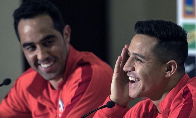 Wahanprediksi.com - Kiper Manchester City, Claudio Bravo, menginginkan Alexis Sanchez bergabung ke timnya. Menurut Bravo, kedatangan Sanchez dapat menambah kekuatan The Citizens.
