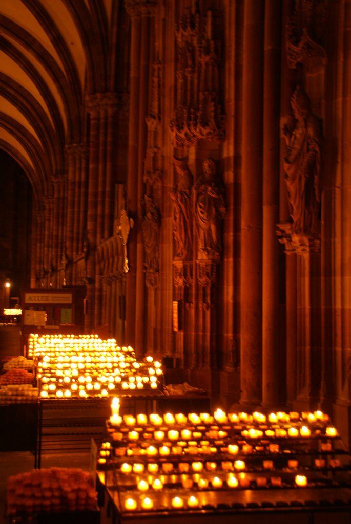 Strasbourg: Capitale de Noel (by Christopher Dunstan Burgh)