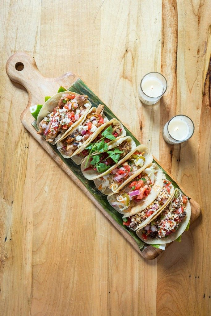 Dos Caminos (New York - Lower East Side):  Authentic Mexican dishes and amazing margaritas