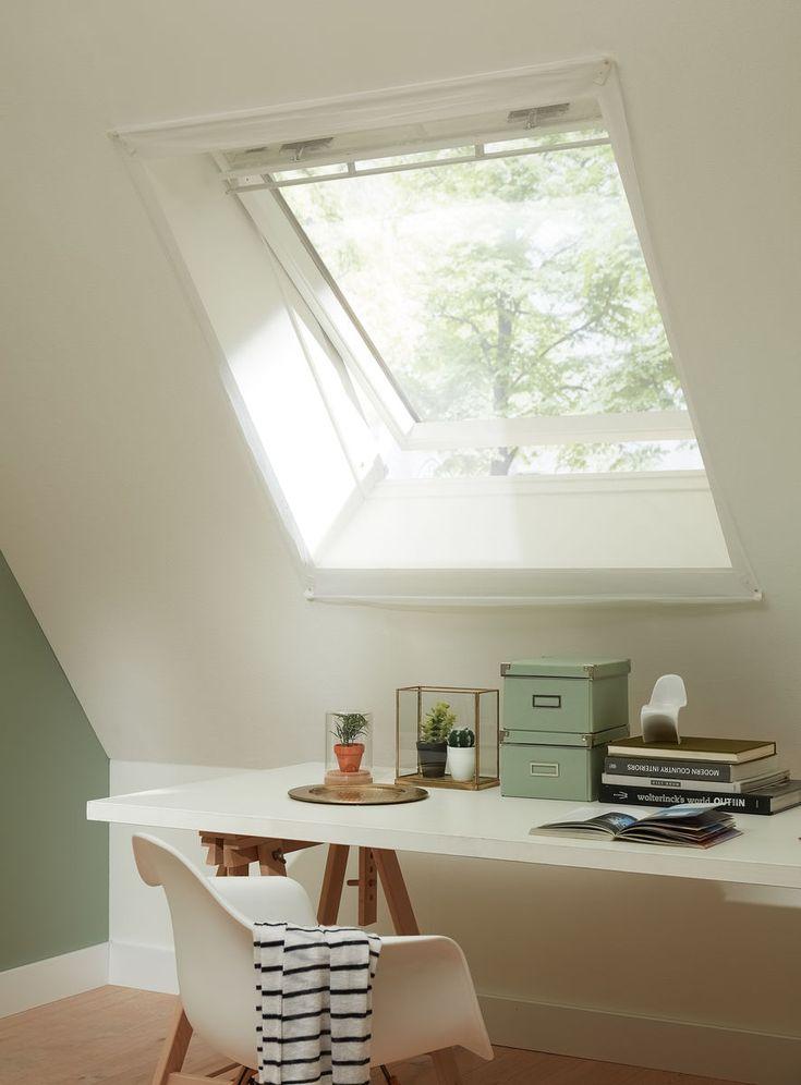 Het dit witte gaasdoek merk je bijna niet eens dat er een hor in het raam zit, laat de zomer maar komen!