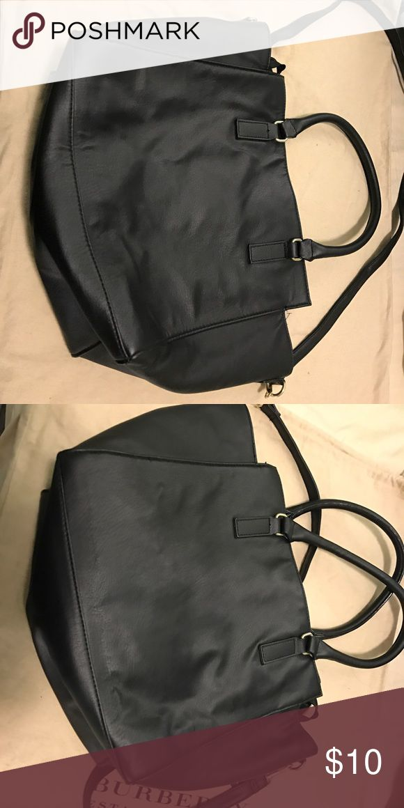 H&M tote bag a h&M tote bag,similar to the MMK bag look. Simple design every girl need. Only used few times. Clean inside and out no stains. H&M Bags Totes