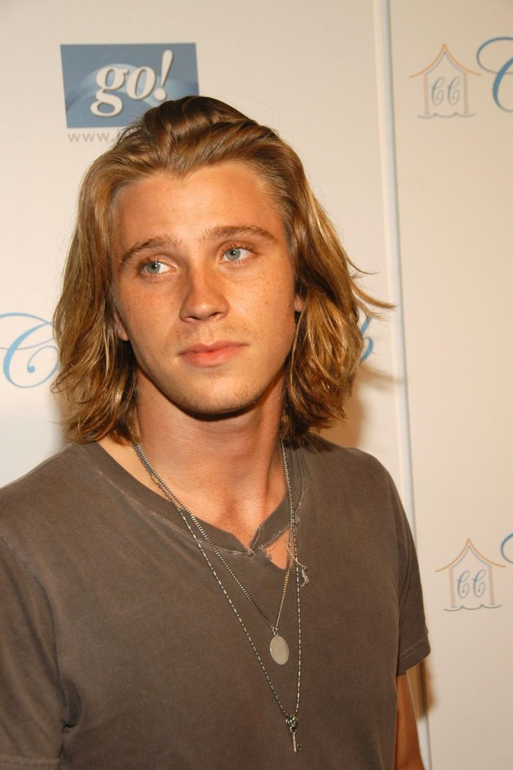 Surfer Hairstyles For Men 25 Best Ideas About Boys Surfer Haircut On Pinterest Surfer Boy