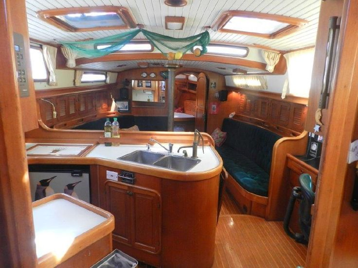 1986 Hans Christian CHRISTINA 43 Sail Boat For Sale - www.yachtworld.com