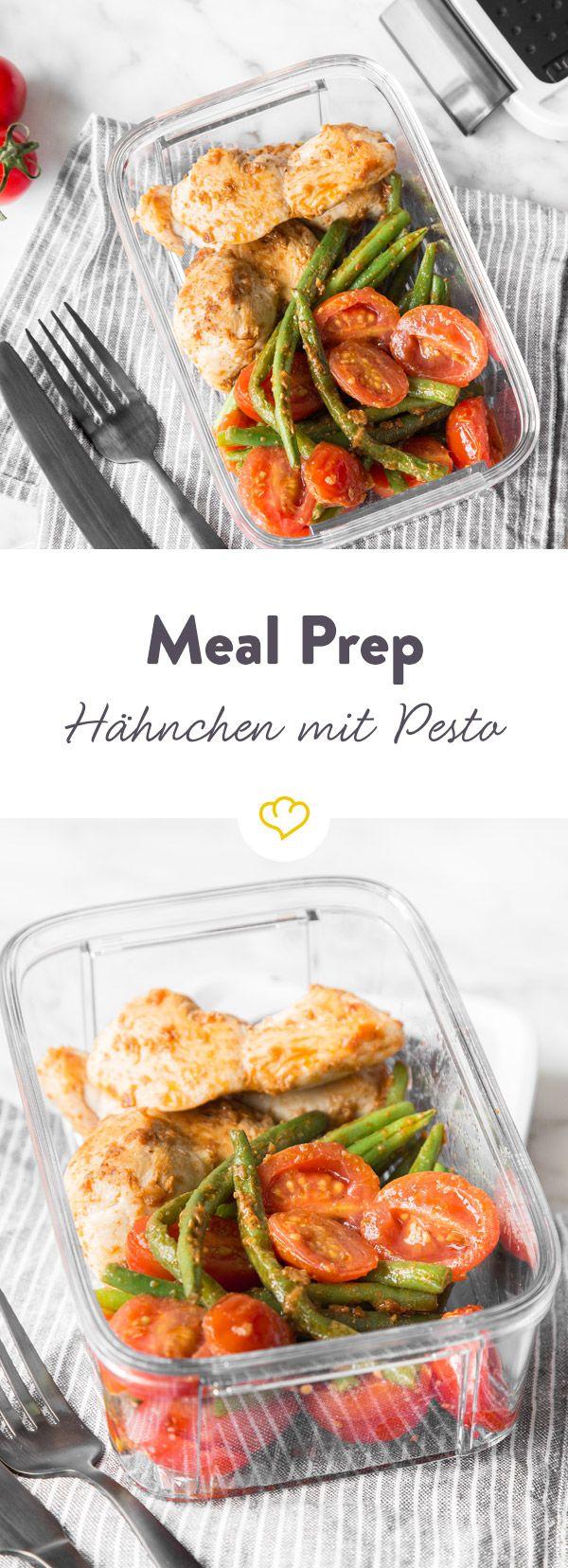 Diese Hähnchenstreifen mit Pesto, grünen Bohnen und Tomaten sind wie geschaffen für deinen Meal Prep Plan. Einfach vorzubereiten, leicht und lecker!