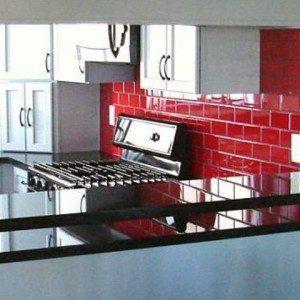 red glass subway tile backsplash in kitchen glass subway tile kitchen backsplash in kitchen category - Kche Backsplash Ubahn Fliesenmuster