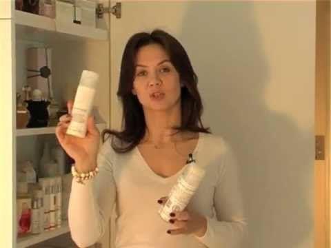 Kinga Rusin prezentuje naturalne kosmetyki do pielęgnacji skóry twarzy PAT & RUB oraz pokazuje, jak w domowych warunkach wykonać fachowo maseczkę nawilżająco-liftingującą.