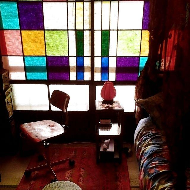 chitosebanaさんの、ベッド周り,畳,和風,ピップスタジオ,ステンドグラス風,大正ロマン,さくらん,色障子,昼間のカラフル障子,のお部屋写真