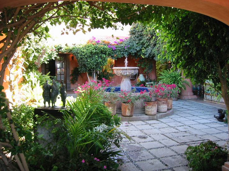 131 best Mexican courtyards images on Pinterest ... on Mexican Backyard Decor id=60293