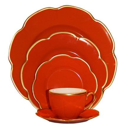 A classic pattern from Royal Limoges, Corolle Red dinnerware is rich shade of red. Each piece is highlighted by a thin gold filet.