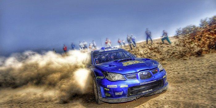 Subaru derrapando en hdr