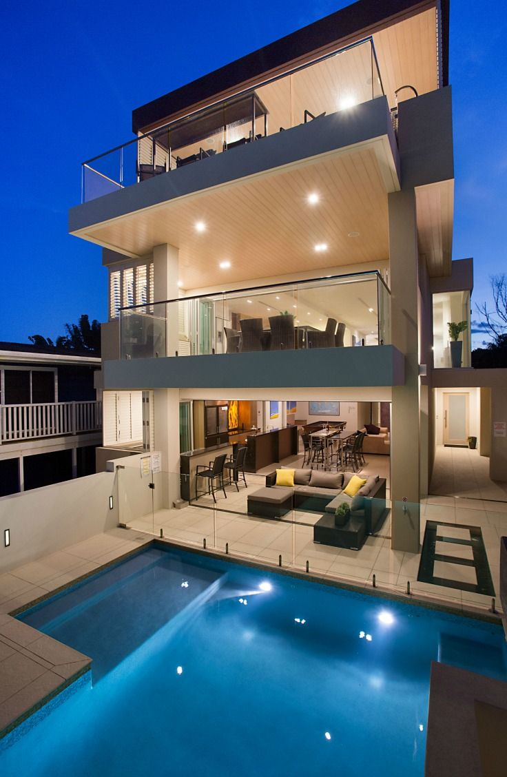 three level home on the Gold Coast. Private pool, indoor spa and bar. Elite Holiday Home, Oceans 74 https://www.eliteholidayhomes.com.au/properties/oceans/  #luxuryhomes #luxury #beachfront #eliteholidayhomes #affordableluxury #goldcoast #holiday #travel #australia