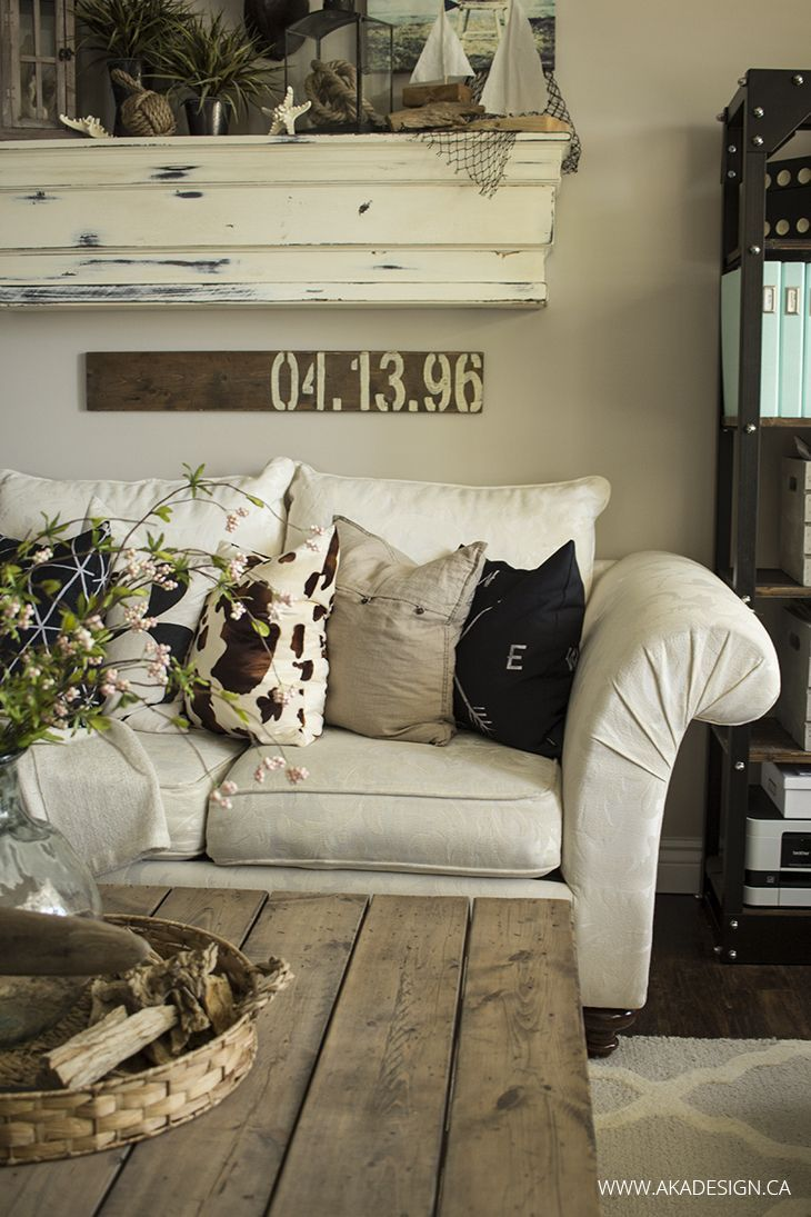 Throw Pillows in the Living Room - http://akadesign.ca/new-throw-pillows-in-the-living-room/