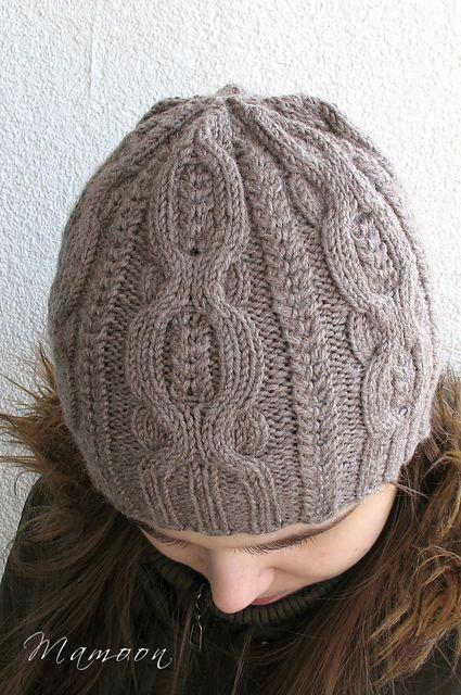 Lovely hat! Pome pattern by Agata Smektala #FreePattern