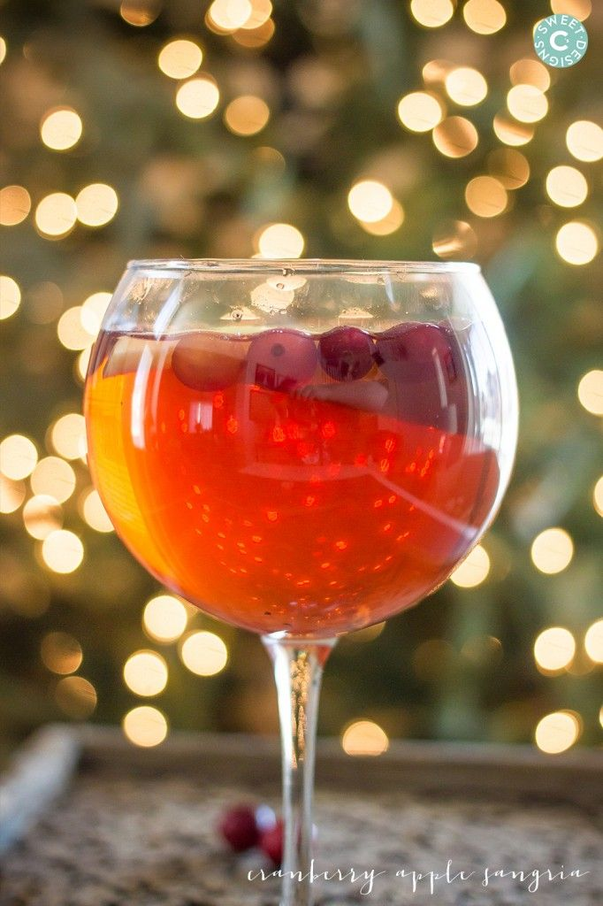 cranberry apple sangria- easy and delicious!