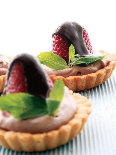 Çikolatalı çilekli tart Tarifi - Tatlı Tarifleri Yemekleri - Yemek Tarifleri