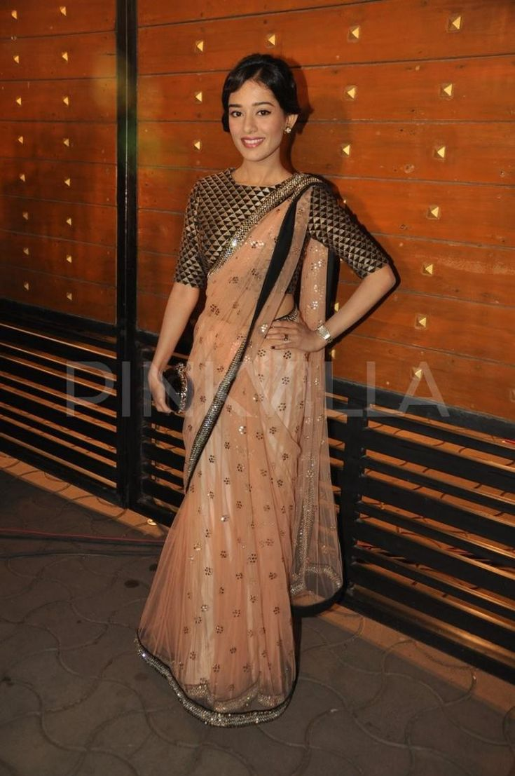 Amrita Rao, Kalki and Kajal at the Filmfare Awards | PINKVILLA