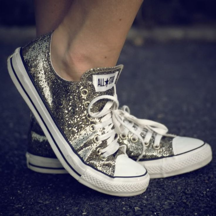 Sparkly dancing shoes ;o)