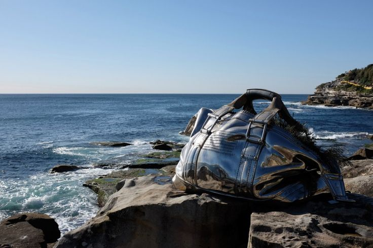 Yumin Jing, Travelling Bag, Sculpture by the Sea, Bondi 2016.