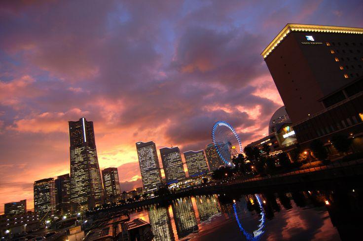 みなとみらい サンセット sunset 夕焼け 景色 横浜 万国橋 ランドマークタワー ナビオス コスモクロック