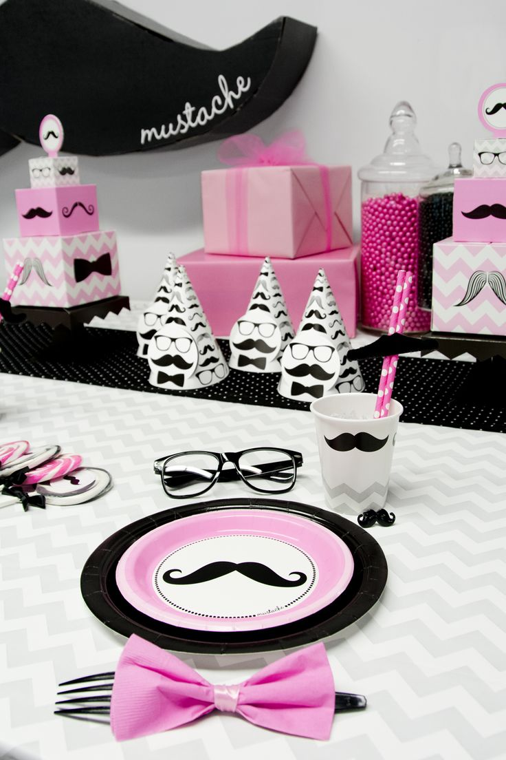 Adorable #pink #mustache birthday party! #BirthdayExpress