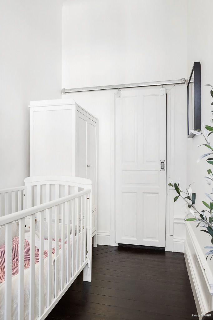Квартира 63 кв.м. - детская 2 + дверь в кладовку