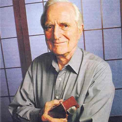 DOUGLAS ENGELBART (30/01/1925 — 02/07/2013)