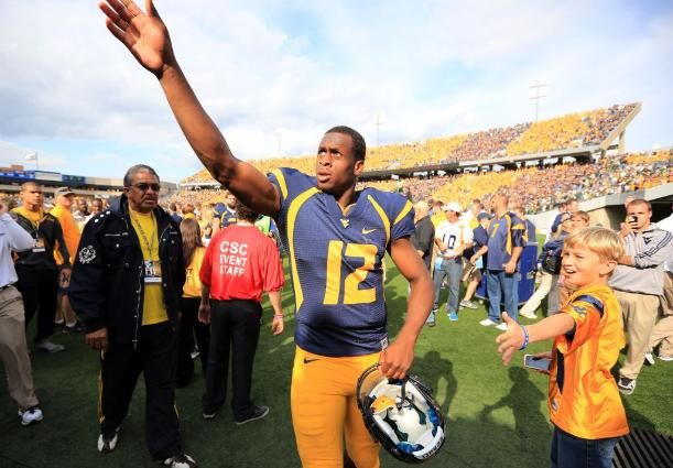 West Virginia Mountaineers - Geno Smith, Best Quarterback in the Nation!!!