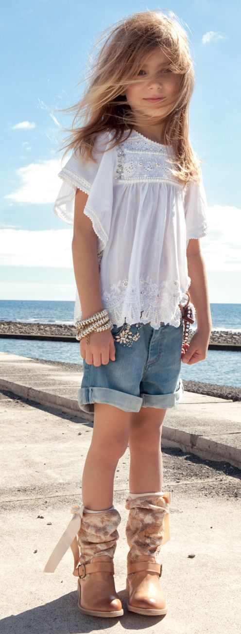 Adorable casual summer tween girl #tweenfashion