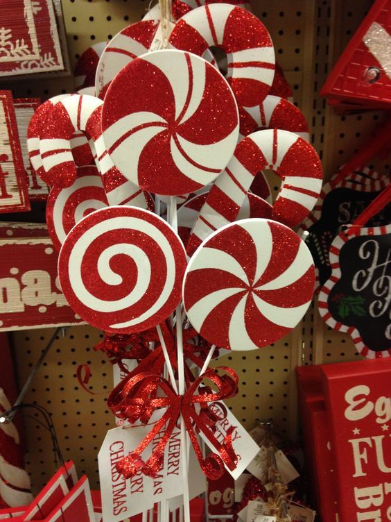 "50 Best Candy Cane Christmas Decorations which are the ""Sweetest things you've Ever Seen"""