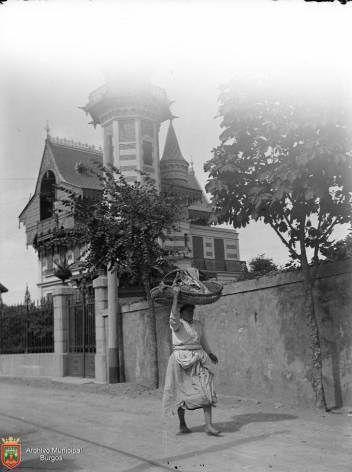 Sardinera camino a Portugaleta (1896) Gelatino-bromuro