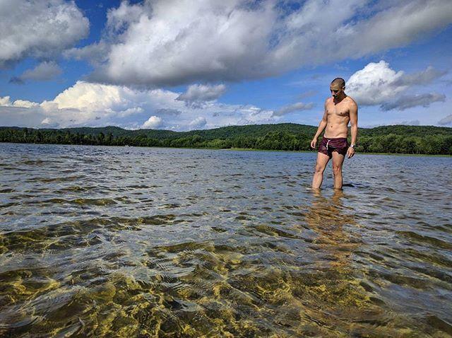 #Throwback to summer...#unapologetic #quebec #arundel #lake #laurentians #summer #nature #canada #wanderlust #nexus #kayak #instaboy #hike #swim #thegaypassport #hoscos #me #justme #tbt  #fitness #ripples #water #sky #gay #gaytravel #gayboy