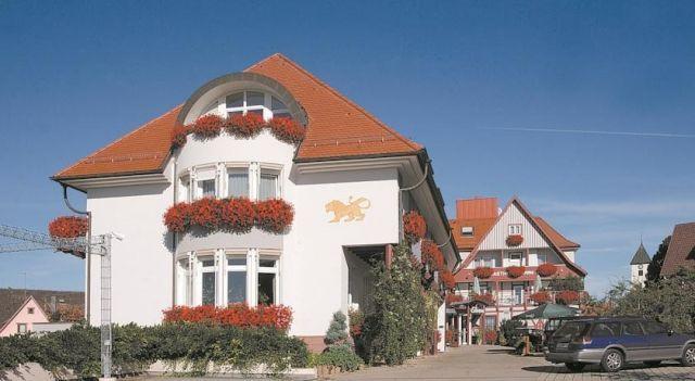 Landgasthof Hotel Löwen - #Hotel - $96 - #Hotels #Germany #Wildberg http://www.justigo.co.za/hotels/germany/wildberg/landgasthof-lowen-lohospo_199998.html