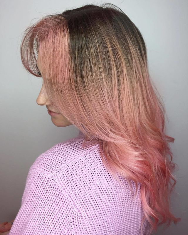 Concentrating Pink Highlights Near The Front Of Your Hair Is The 70s Color Inspiration We Need Right Now Hair Pink Hair Hair Color Pink