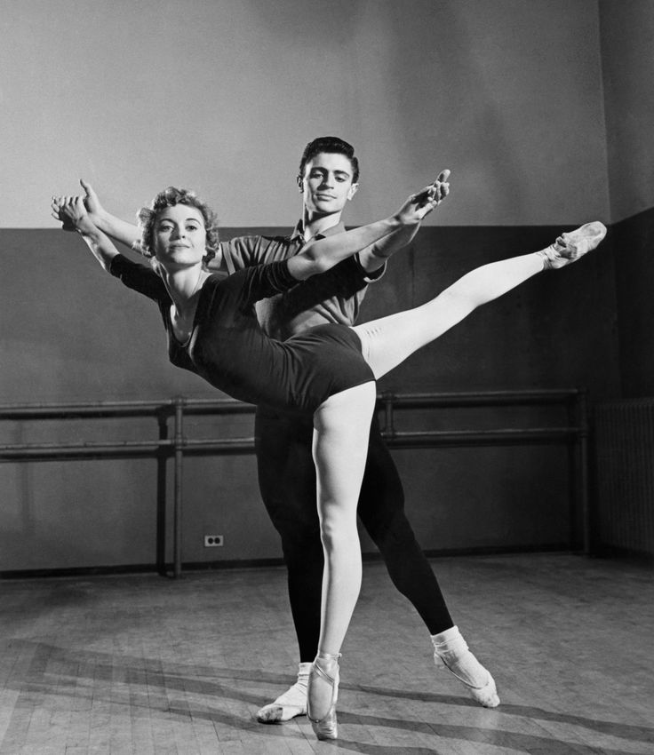 Violette Verdy and Edward Villella at the School of American Ballet in 1958…
