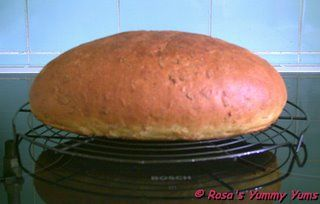 Rosa's Yummy Yums: WORLD BREAD DAY 2006 - AFTER HOURS PARTY: ALMOND AND CURRY BREAD