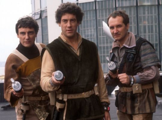 Paul Darrow (Avon), Gareth Thomas (Blake) and Michael Keating (Villa) in Blake's 7