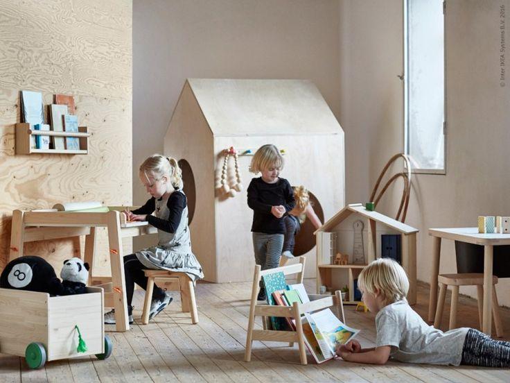 Serien FLISAT som är skapad för barn mellan 3 och 12 års ålder är tillverkad av furu, ett långlivat naturligt material som åldras fint med tiden.