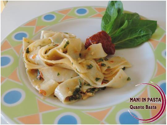 Tagliatelle con trito di verdure http://maninpastaqb.blogspot.it/2014/05/tagliatelle-con-trito-di-verdure.html
