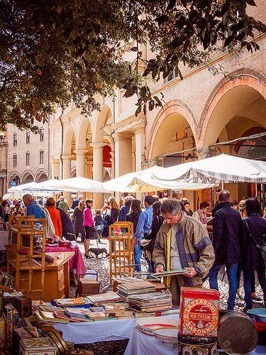 Flea market, Bologna