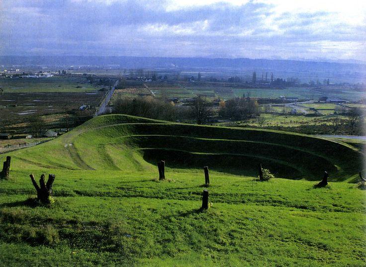 57 best images about landforms on pinterest gardens for Terrace landform