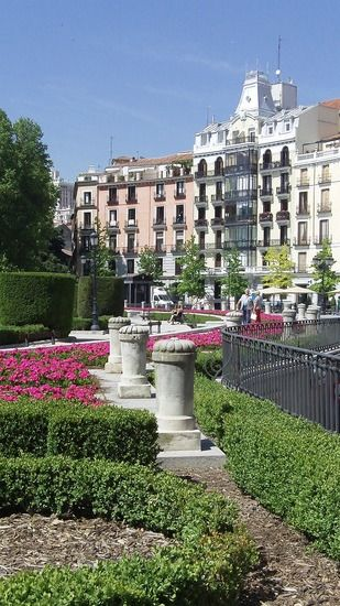 Plaza de Oriente .Madrid, Spain