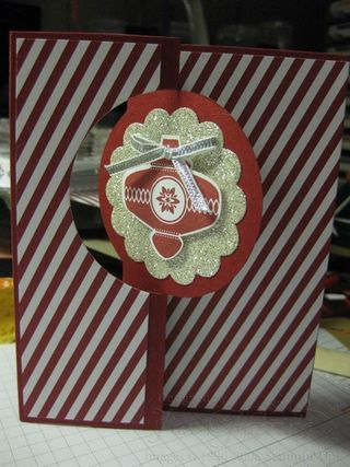 Stampin' UP Thinlits Circle Christmas Card.: Christmas Cards, Stampin Up Thinlit Circles, Circles Cards, Cards Flip, Circles, Cards Christmas, Cards Thinlit, Flip Cards, Circles Christmas