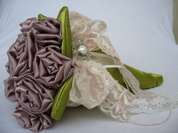 Wedding bouquet from fabric. Free tutorial.