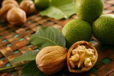 4 retete vindecatoare cu nuci pentru boli de stomac, pancreas, cancer si viermi intestinali