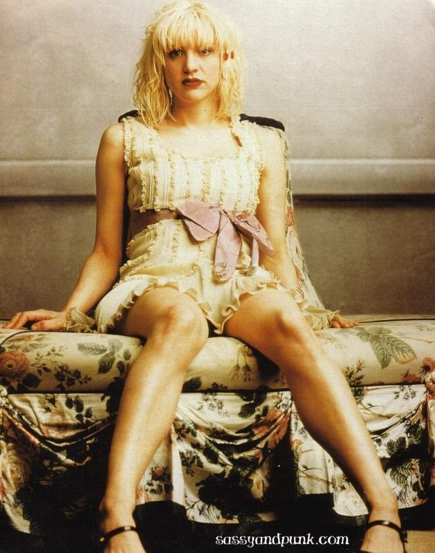 courtney love 90s style - Google Search | spiral eyes ...
