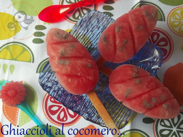 Puffin in cucina e non solo...: Ghiaccioli di cocomero e gocce di cioccolata mini e maxi in questa strana estate....