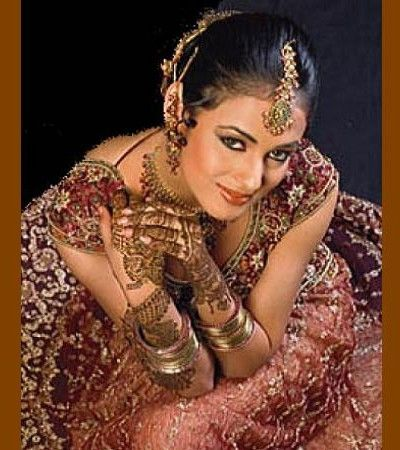 In Asian countries, all the women in wedding event used to have mehndi designs on their hands arms and feet. Mehndi designs are of different categories. Bridal Mehndi Designs for full Hands 2015, arabic mehndi designs, party mehndi designs, fantasy mehndi designs, tattoo mehndi designs etc. #bridalmehandidesigns     #mehandidesign     #bridalmehndidesigns2015  #weddingmehndidesigns #wedding