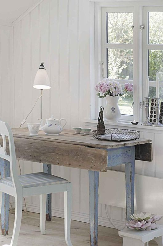 Decorating with Drop-Leaf Tables