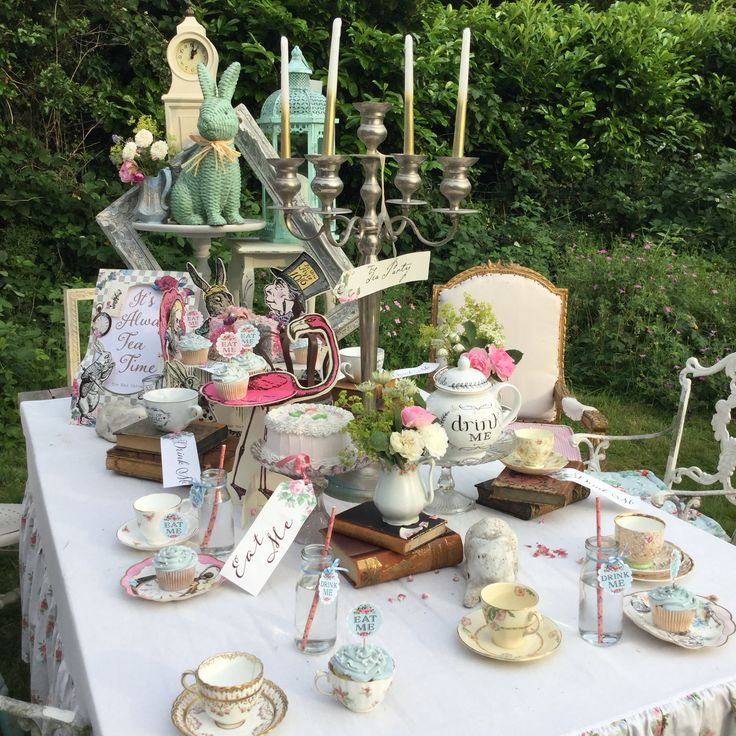 97 best images about Alice in Wonderland Tea Party ...